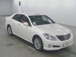 Toyota Crown. GRS200