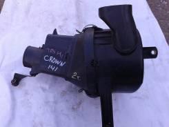 Корпус воздушного фильтра. Toyota Crown, JZS141