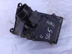 Корпус воздушного фильтра. Subaru Forester, SG5 Двигатель EJ20
