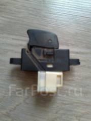 Кнопка стеклоподъемника. Nissan Tino, V10 Двигатель QG18DE