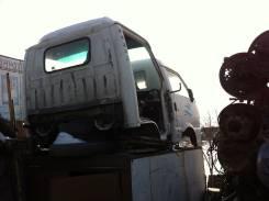 Кабина. Isuzu Elf, NKR66E Двигатель 4HF1