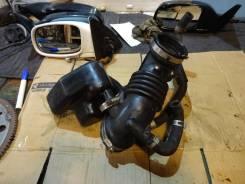 Патрубок воздухозаборника. Nissan Presage, U30 Двигатель KA24DE