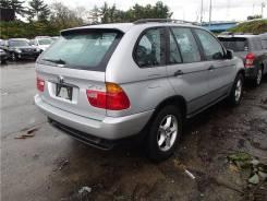 Задняя часть автомобиля. BMW X5, E53