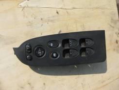 Кнопка стеклоподъемника. Honda Stream, DBA-RN7, DBA-RN6, DBA-RN9, DBA-RN8, RN8, RN9, RN6, RN7, DBARN6, DBARN7, DBARN8, DBARN9 Двигатели: R18A, R20A, R...
