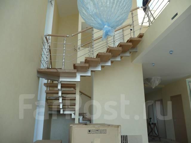 Лестницы, леерные ограждения из нержавеющей стали, алюминиевые констр.