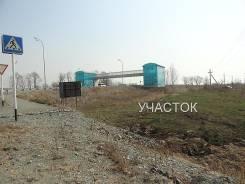 Продам участок 18 соток у трассы недалеко от аэропорта. 1 845 кв.м., собственность, электричество, вода, от агентства недвижимости (посредник). Фото...