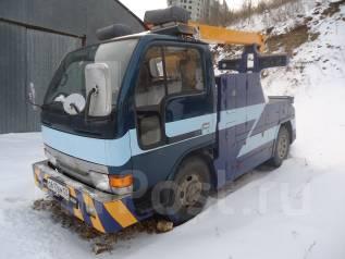 Nissan Condor. Продам эвакуатор частичной погрузки , 4 214 куб. см., 2 000 кг.