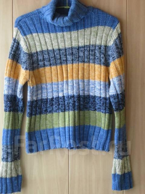 Продам женский свитер - Основная одежда во Владивостоке 0fc63b9e7946a