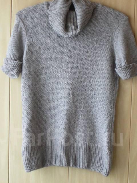 Продам женский свитер с короткими рукавами - Основная одежда во ... c60d98e73a939