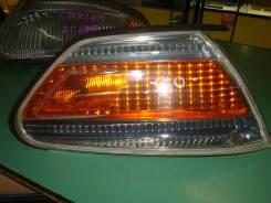 Габарит, правый Toyota Mark II, GX100