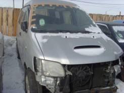 Toyota Noah. CR50
