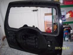 Дверь багажника. Mitsubishi Pajero