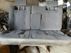 Сиденье. Mazda Bongo, SS88M Двигатель F8