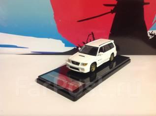 Модель Subaru Forester STI II Type М (белый) 1:43
