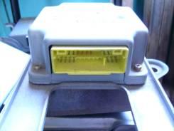 Блок управления airbag. Mitsubishi Delica Space Gear, PF8W, PD4W, PC5W, PE8W, PF6W, PD6W, PD8W Mitsubishi Delica, PD8W Двигатель 4M40