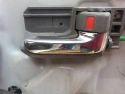 Ручка двери внешняя. Toyota Voxy, AZR65G Двигатель 1AZFSE