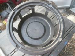 Крепление запасного колеса. Mercedes-Benz S-Class, 220 Двигатель 137