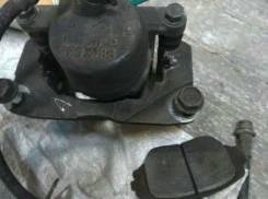 Крепление суппорта. Toyota RAV4, ACA21W Двигатель 1AZFSE
