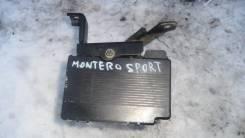 Блок abs. Mitsubishi Montero Sport Двигатель 6G72