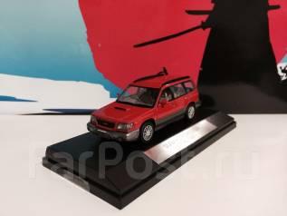 Модель Subaru Forester SF5 T/tb (красный) 1:43