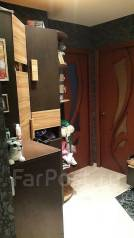 3-комнатная, улица Кипарисовая 4. Чуркин, частное лицо, 64 кв.м. Прихожая