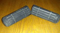 Накладки на подножки резиновые бу.