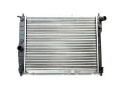 Радиатор охлаждения двигателя. ЗАЗ Шанс ЗАЗ Ланос Chevrolet Lanos