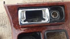 Консоль центральная. Toyota Crown, JZS171 Двигатель 1JZGE