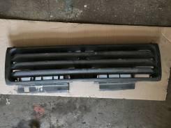 Решетка радиатора. Mitsubishi Pajero, V46W, V46V, V46WG, V46