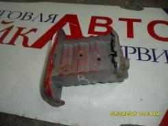 Кронштейн усилителя бампера. Toyota Yaris, NCP91 Двигатель 2SZFE