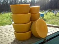 Куплю пчелиный воск, обмен на вощину.