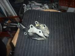 Крепление капота. Toyota Mark II, GX110 Двигатель 1GFE