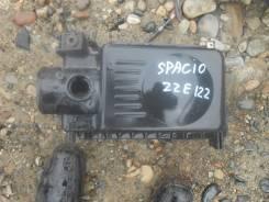 Корпус воздушного фильтра. Toyota Corolla Spacio, ZZE122N Двигатель 1ZZFE