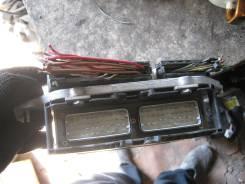 Коробка для блока efi. Mercedes-Benz C-Class, 202 Двигатель 111
