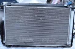 Радиатор охлаждения двигателя. Toyota RAV4, ACA31 Двигатели: 3ZRFAE, 3ZRFE, 3ZR