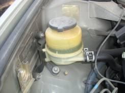 Бачок гидроусилителя руля. Toyota Camry, ACV30 Двигатель 2AZFE