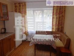 1-комнатная, улица Надибаидзе 6а. Чуркин, агентство, 36 кв.м. Кухня