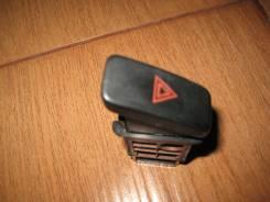 Кнопка включения аварийной остановки. Mazda Premacy, CP8W