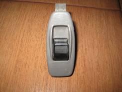 Кнопка стеклоподъемника. Mazda Premacy, CP8W