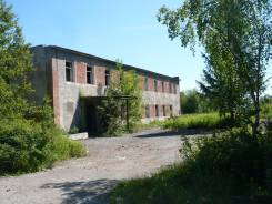 Земельный участок 7,5 га со строениями. 7 500кв.м., собственность, электричество, вода