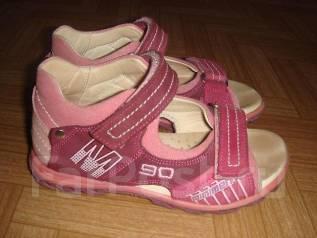 Куплю сандалики на девочку Minimen