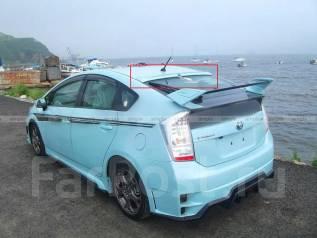 Спойлер на заднее стекло. Toyota Prius