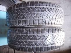 Bridgestone WT17. Зимние, шипованные, износ: 30%, 2 шт