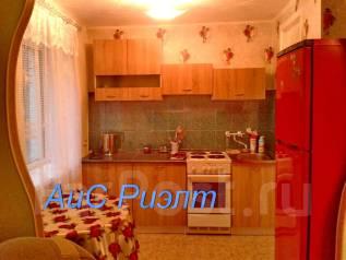 2-комнатная, улица Адмирала Кузнецова 52. 64, 71 микрорайоны, агентство, 48 кв.м. Кухня