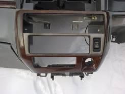 Консоль панели приборов. Nissan Presage, U30 Nissan Bassara