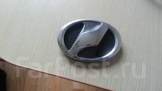 Эмблема. Toyota Vitz