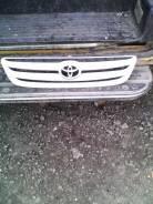 Решетка радиатора. Toyota Ipsum