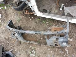 Рамка радиатора. Mazda 626