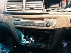 Консоль центральная. Honda Inspire, E-UA1, UA1 Двигатель G20A