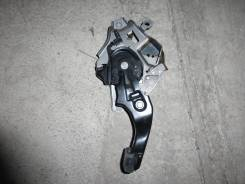 Педаль ручника. Lexus RX300, MCU35 Двигатель 1MZFE